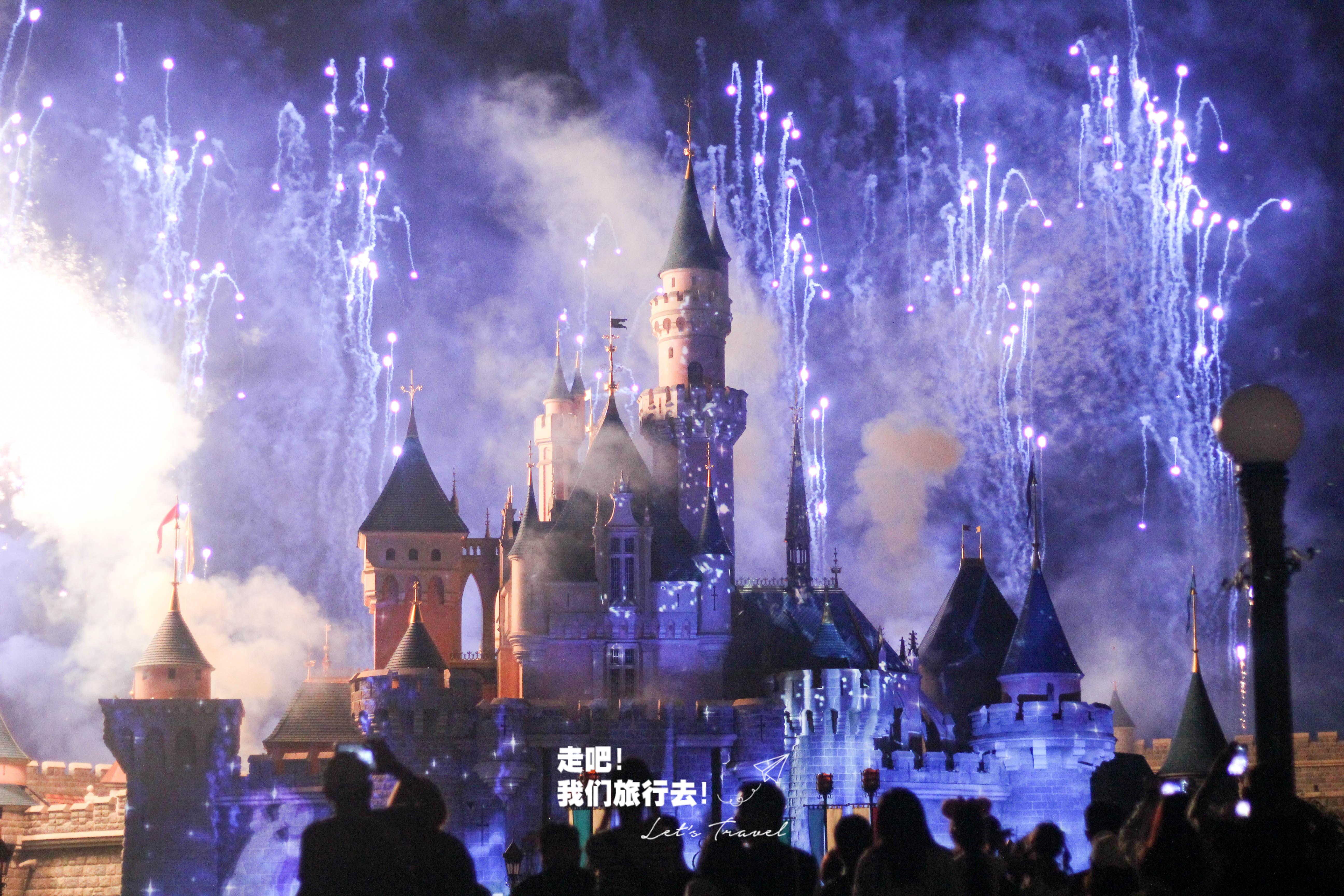 迪士尼乐园表演时间_香港3大最美夜景之地,你到访了吗? | Come On Lets Travel 走吧 ...